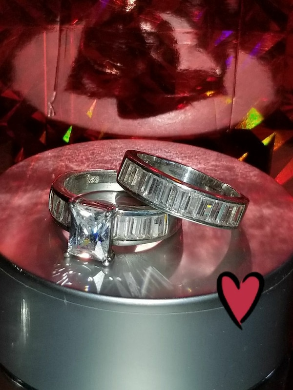 ❤Sterling Silver Cubic Zirconia wedding set size 7