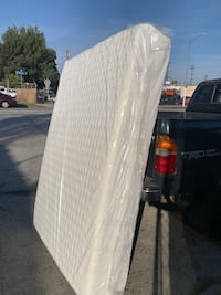 Memory Foam Mattress and box spring Los Angeles, 90034