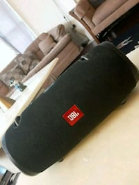 black and gray JBL portable speaker Mission, V2V 2L6