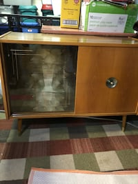 """Retro/Vintage 1960s Mad Men"""" style Bar with glass shelves 493 km"""