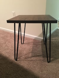 black metal framed glass top table Hampton, 23666