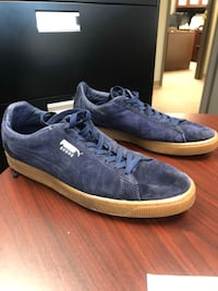 Men's size 11.5 puma shoes  3158 km