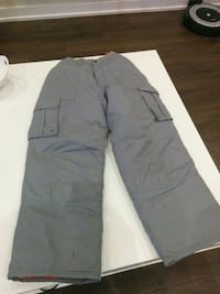 Youth snow pants size 14 500 km