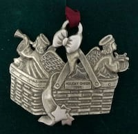 1996 Longaberger Holiday Cheer Pewter ornament  Hagerstown, 21742