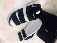 black-and-white Y-3 sandals with box Carolina