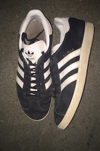 Men Adida shoes size 8 and a half