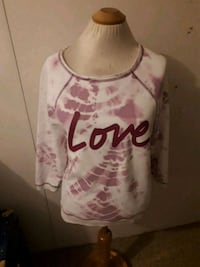 Victoria secret sweater XS Edmonton, T5N 2Z9
