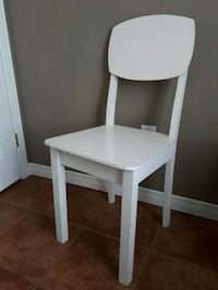 Shabby Chic White Chair Pointe-Claire