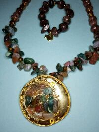 coffee necklace with green and its bracelet Queens, 11358