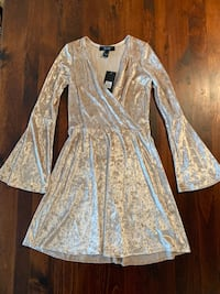 Velvet Bell Sleeve Dress Whitby, L1N 5V4