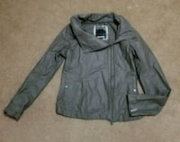 Bench light weight jacket Calgary, T2Z 3N8