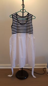 women's white and black stripe sleeveless dress Arlington, 22202