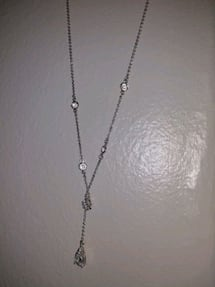 Tear drop necklace and matching earrings