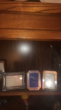 3 small picture frames Toronto, M5S 2J2