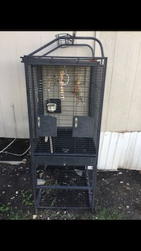 Black metal framed pet cage San Marcos, 78666