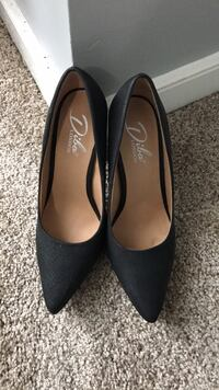 Shoes size 7 Chester, 23831