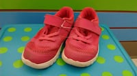 (402) Girl's Sneakers NIKE Size 9
