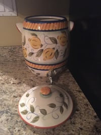 """Ceramic water or juice dispenser 14 1/2 """" tall very good condition . Mission, 78572"""