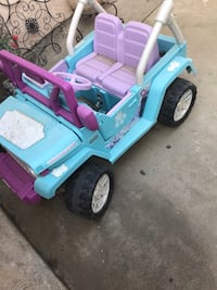 blue and purple ride on toy car Santa Maria, 93458