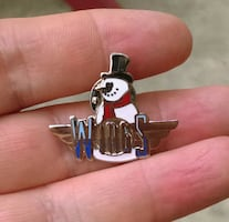 Vintage Wings TV show pin