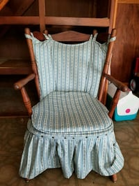 gray and white wooden armchair Wilmington, 28409