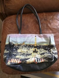 Fashionable handbag Hamilton, L8E 1J7