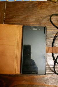 Sony Xperia in excellent working condition with charger and case