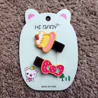Brand new baby kids hair clips 2pcs  40 km