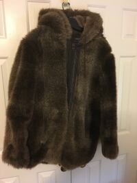 Dark Brown Winter Coat. Faux Fur. Never worn  Falls Church, 22042