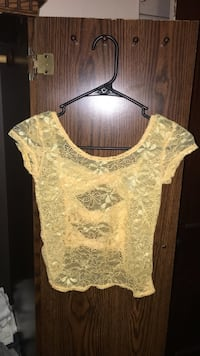 Yellow lace crop top size small