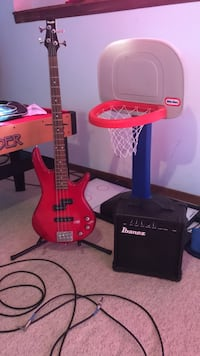 Ibanez Gio Bass + Ibanez Bass Amplifier Loves Park, 61111