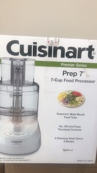 Cuisinart food processor -new in box never opened West Islip, 11795