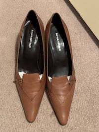 New Banana Republic camel leather pumps Ashburn, 20147