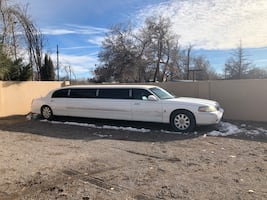 2006 Lincoln super stretch limo