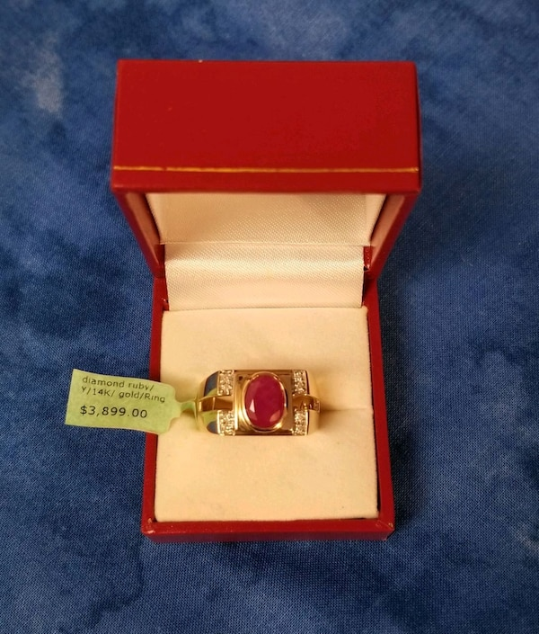 Men's Ruby and Diamond gold ring