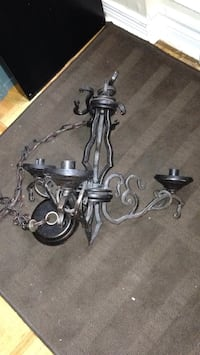 Cast iron chandelier in good working condition Mississauga, L5J 1V8