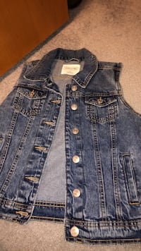 Eighty two denim denim jacket. Size small Corman Park No. 344, S0K