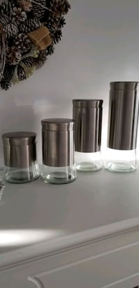 Glass Canister set steel 4 pieces St. Catharines, L2T 4B8