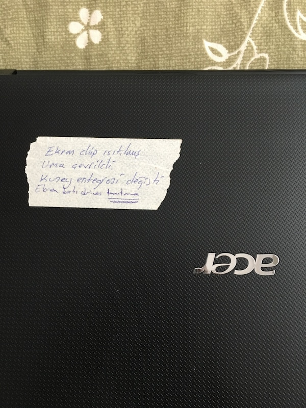 Acer 5560G Laptop 4
