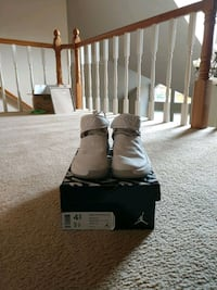 Russell Westbrook basketball shoes (youth size 4.5)