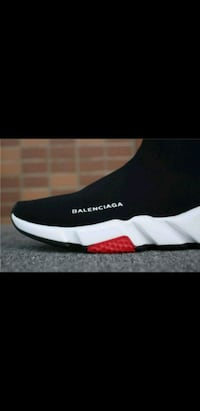 Brand NEW RED BALENCIAGA SPEED TRAINER SNEAKERS  Toronto