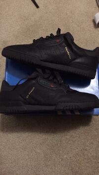 Yeezy Powerphase BRAND NEW Ambler, 19002