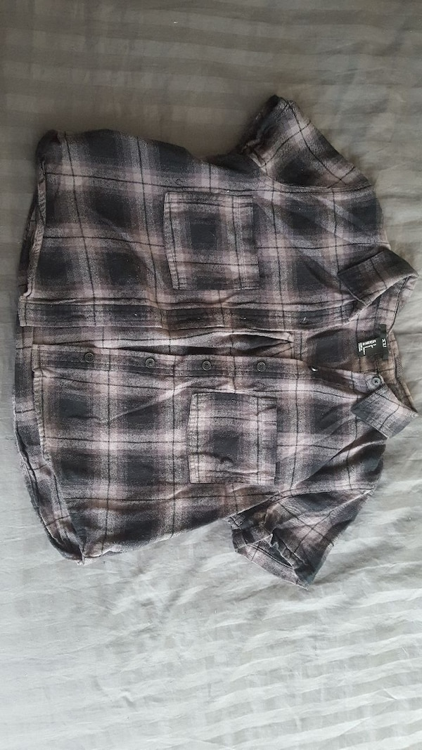 a648de78577a Used black, white, and grey plaid button-up crop top for sale in Chicago -  letgo