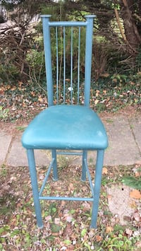 blue and brown wooden chair 27 km