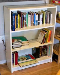 Bookshelf / Shelf