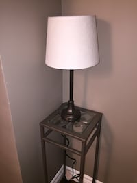 Metal brown lamp with white shade Vaughan, L4L 7J4
