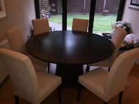 Black oval dining table and chairs null, SM2