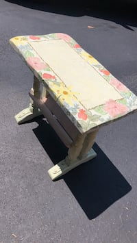 Hand-painted side table with magazine shelf Potomac, 20854