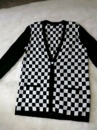 Cardigan black and white Forever 21 New!! $10