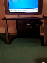 black glass TV stand Winnipeg, R2X 1Y7